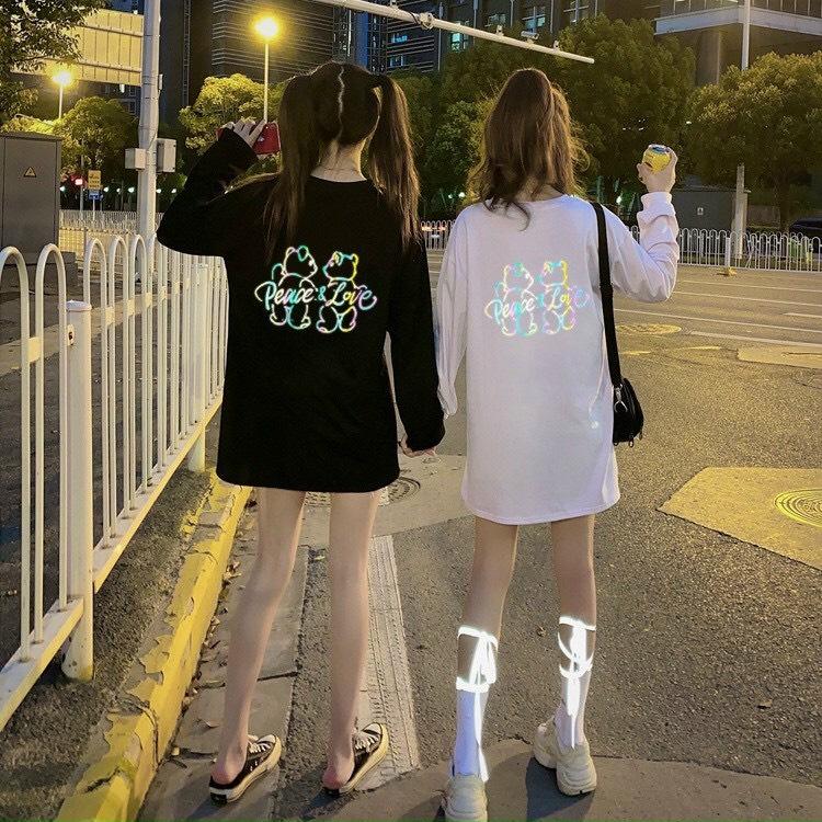 Áo thun tay dài in chữ phát sáng 7 màu vòng cổ siêu hot