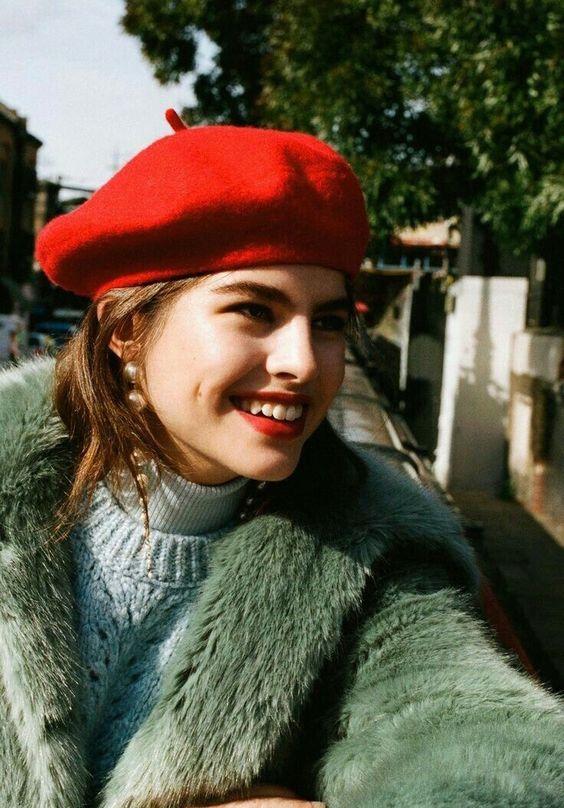 Mũ beret cổ điển