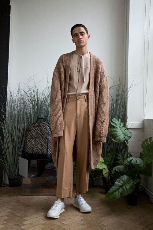 Quần ống rộng nam mặc với áo gì? Cách phối đồ chuẩn men hot trend 2021 11